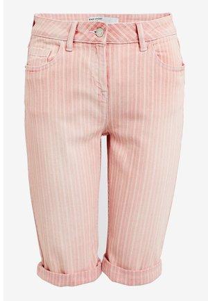 Farkkushortsit - pink