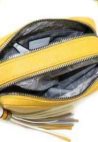 Tamaris - CHRISTA - Across body bag - yellow - 4