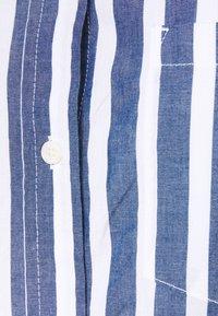GAP - Button-down blouse - bold blue - 2