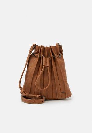 JALA - Across body bag - caramel