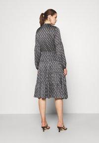Bruuns Bazaar - ACACIA AVERY DRESS - Day dress - dark floral - 2