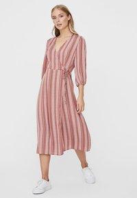 Vero Moda - Day dress - marsala - 1