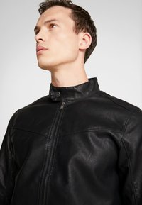 TOM TAILOR DENIM - BIKER - Faux leather jacket - black - 3