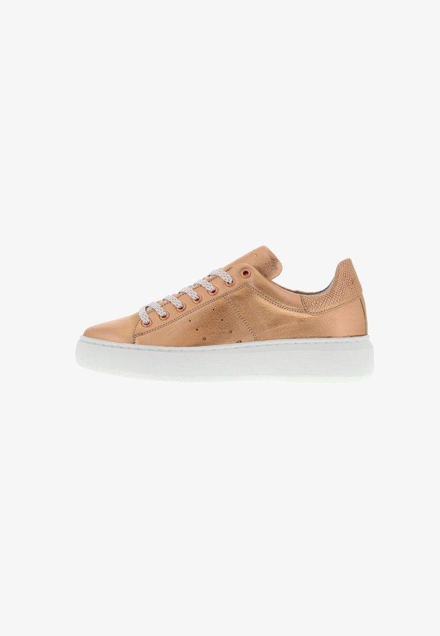 INGEBORG - Sneakers laag - roségold