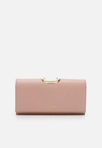 BITA - Wallet - pink