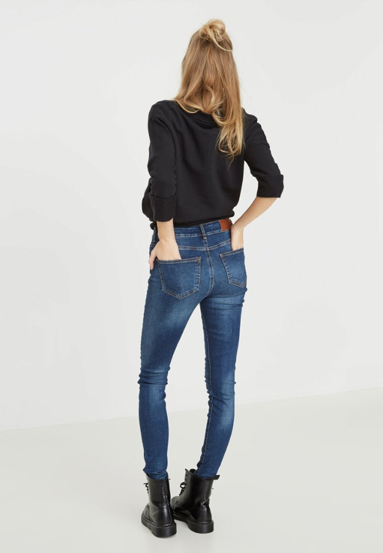 Donna LUCY - Jeans Skinny Fit