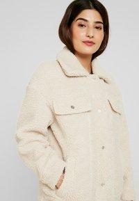 ONLY Petite - ONLLINA JACKET - Light jacket - light beige - 4