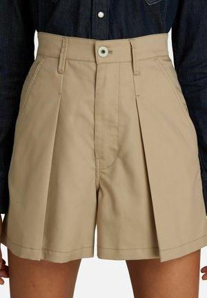 PLEATED A LINE - Shorts - westpoint khaki