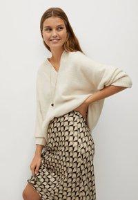 Mango - BIAS - A-line skirt - vert - 3