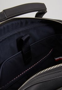 Tommy Hilfiger - COMPUTER BAG - Laptoptas - black
