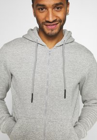 Only & Sons - ONSCERES LIFE  - Sudadera con cremallera - light grey - 4