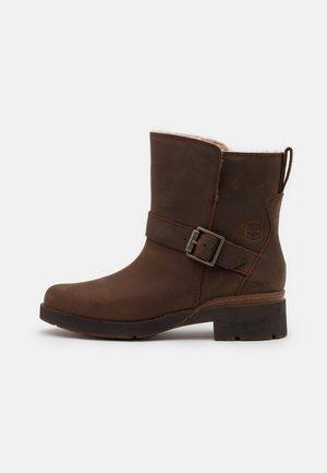 GRACEYN WP - Cowboy/biker ankle boot - rust