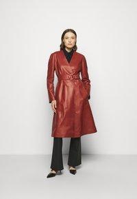 Bally - LUX COAT - Classic coat - spice - 0