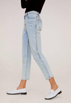 MOM - Slim fit jeans - bleach blauw