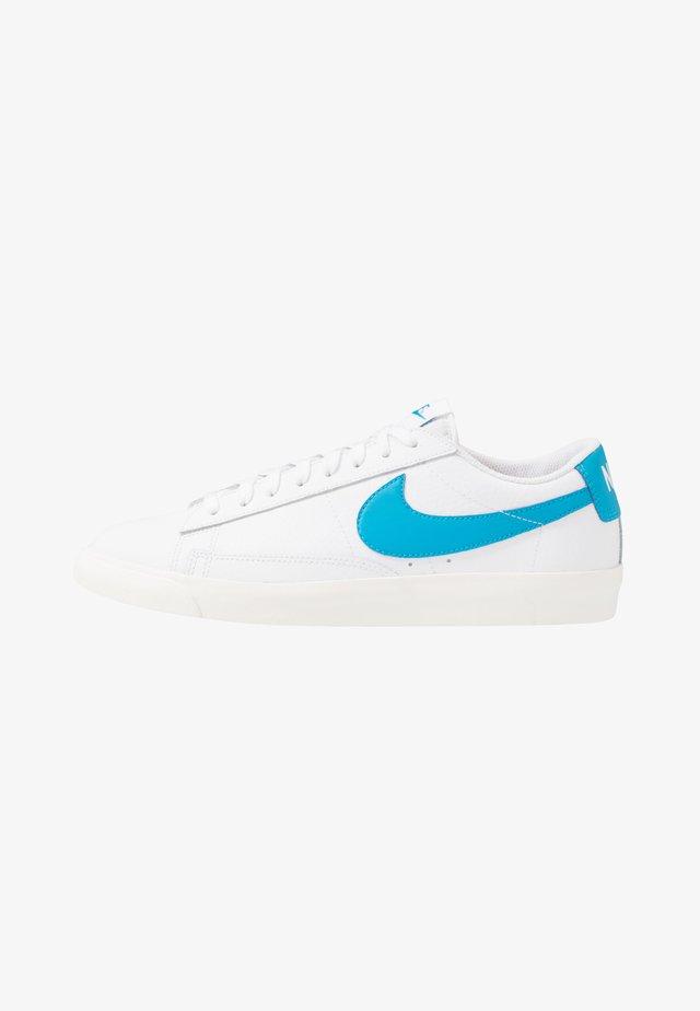 BLAZER - Sneakers basse - white/laser blue/sail