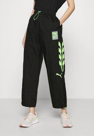 EVIDE TRACK PANT - Pantaloni sportivi - black