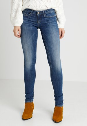 ONLCORAL - Skinny-Farkut - medium blue denim