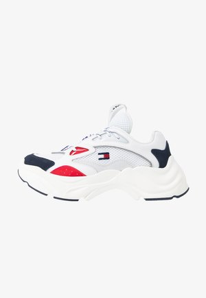 WMNS FASHION CHUNKY RUNNER - Trainers - red/white/blue