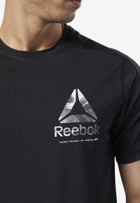 Reebok - ONE SERIES TRAINING SPEEDWICK TEE - Print T-shirt - black - 2