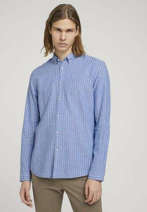 Chemise - blue white linen stripe