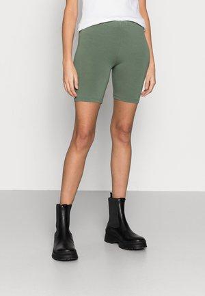 KENDIS  - Shorts - sea green