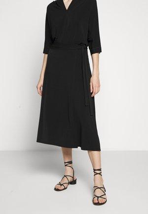 ALTEA - Áčková sukně - black
