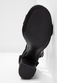 New Look - SWAGGLE  - Sandalen met hoge hak - black - 6