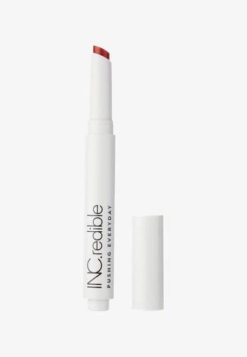 INC.REDIBLE PUSHING EVERYDAY SEMI MATTE LIP CLICK LIPSTICK - Lipstick - 10049 out of office