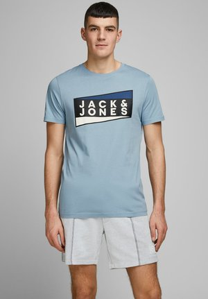 JCOSHAUN  - T-shirt imprimé - light blue