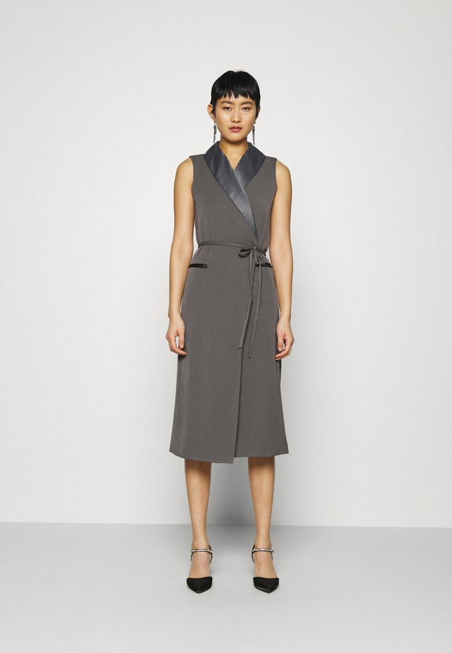 TUXEDO WRAP DRESS - Robe de soirée - slate