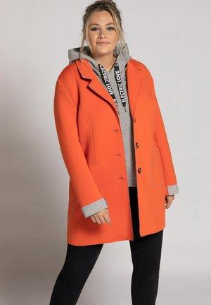 Classic coat - mandarine