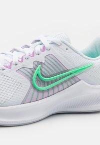Nike Performance - DOWNSHIFTER 11 - Hardloopschoenen neutraal - white/green glow/infinite lilac/violet shock/football grey - 5