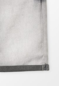 Blue Effect - BOYS BASIC - Denim shorts - grey medium - 3