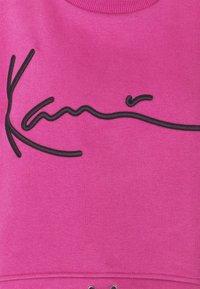Karl Kani - SIGNATURE CREW - Sweatshirt - dark pink - 5