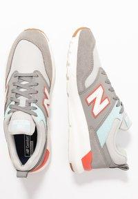 New Balance - WS009 - Zapatillas - grey - 3