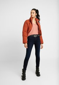 Lee - SCARLETT HIGH ZIP - Jeans Skinny Fit - mulberry - 1