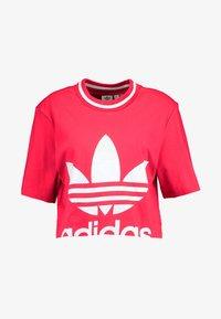 adidas Originals - BELLISTA TREFOIL CROPPED GRAPHIC TEE - T-shirt med print - energy pink - 3