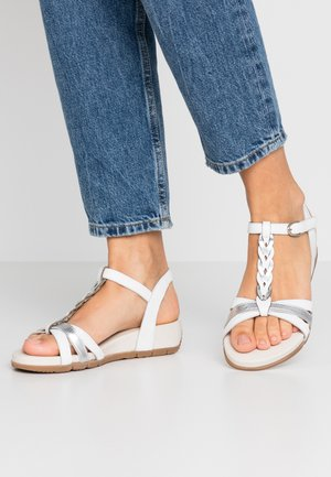 WOMS SANDALS - Sandály na klínu - white/metallic