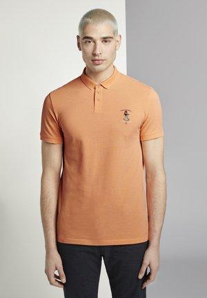 Polo shirt - summer peach orange