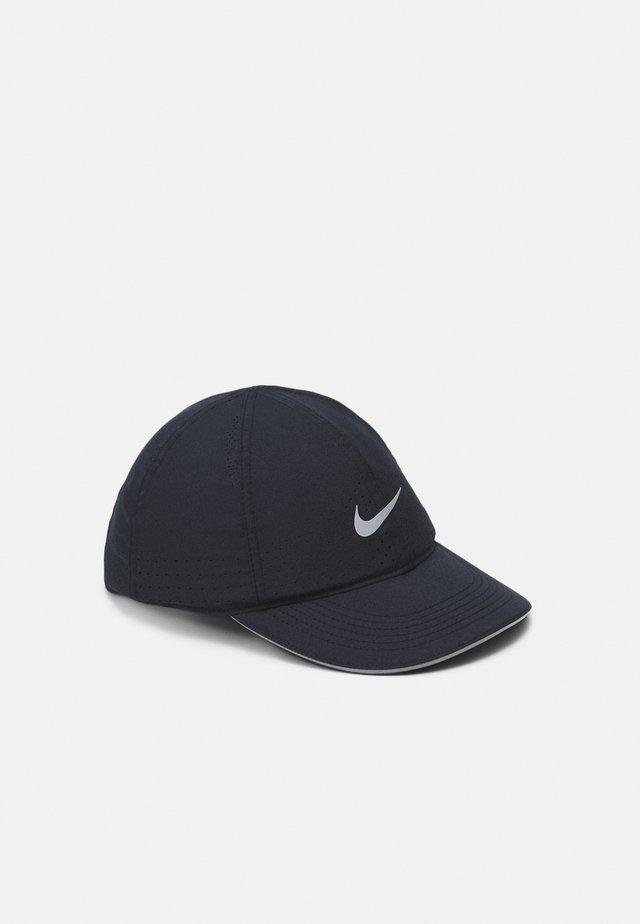 RUN - Cap - black