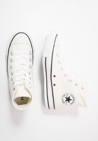 Converse - CHUCK TAYLOR ALL STAR  - Höga sneakers - egret/black/white - 1