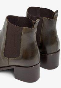 Bianco - Ankle boots - khaki - 4