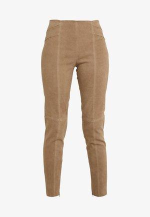LUXURY SUMMER PANTS - Leather trousers - desert