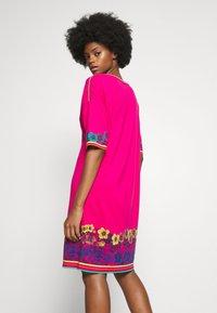 Ivko - DRESS INTARSIA PATTERN - Strikket kjole - pink - 2