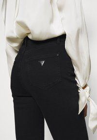Guess - ULTIMATE SKINNY - Jeans Skinny Fit - groovy - 5