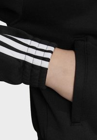 adidas Originals - TRACK TOP - Trainingsjacke - black - 6