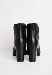 NeroGiardini - Ankle boots - nero - 3