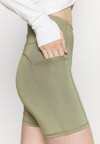 Cotton On Body - LIFESTYLE POCKET BIKE SHORT - Leggings - oregano - 4