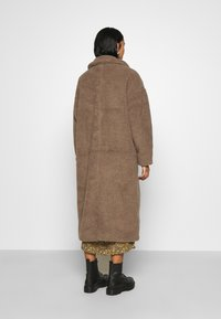 Minimum - IVORI - Classic coat - sepia tint - 3