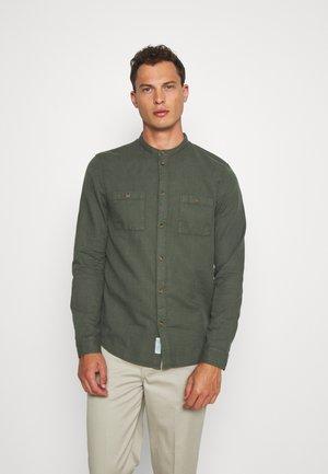 Shirt - oliv